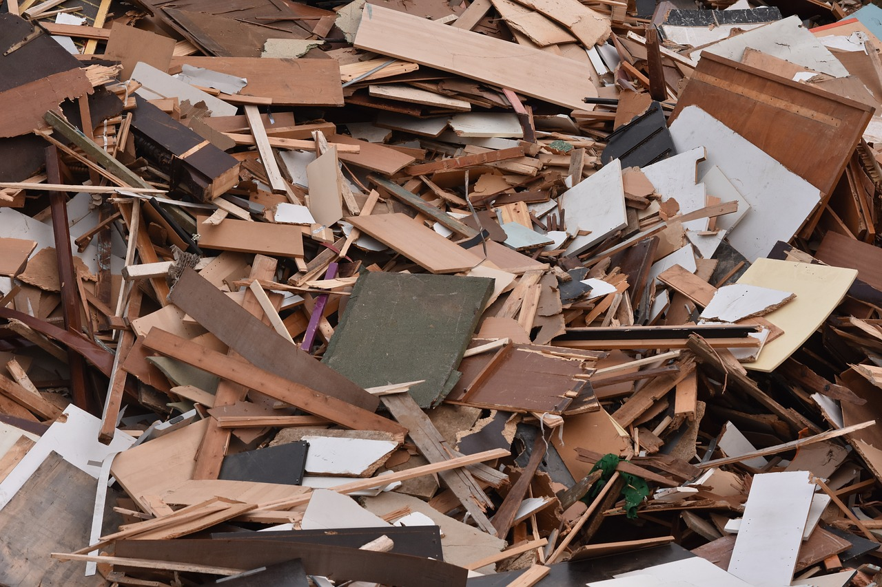 wood-waste-1741128_1280